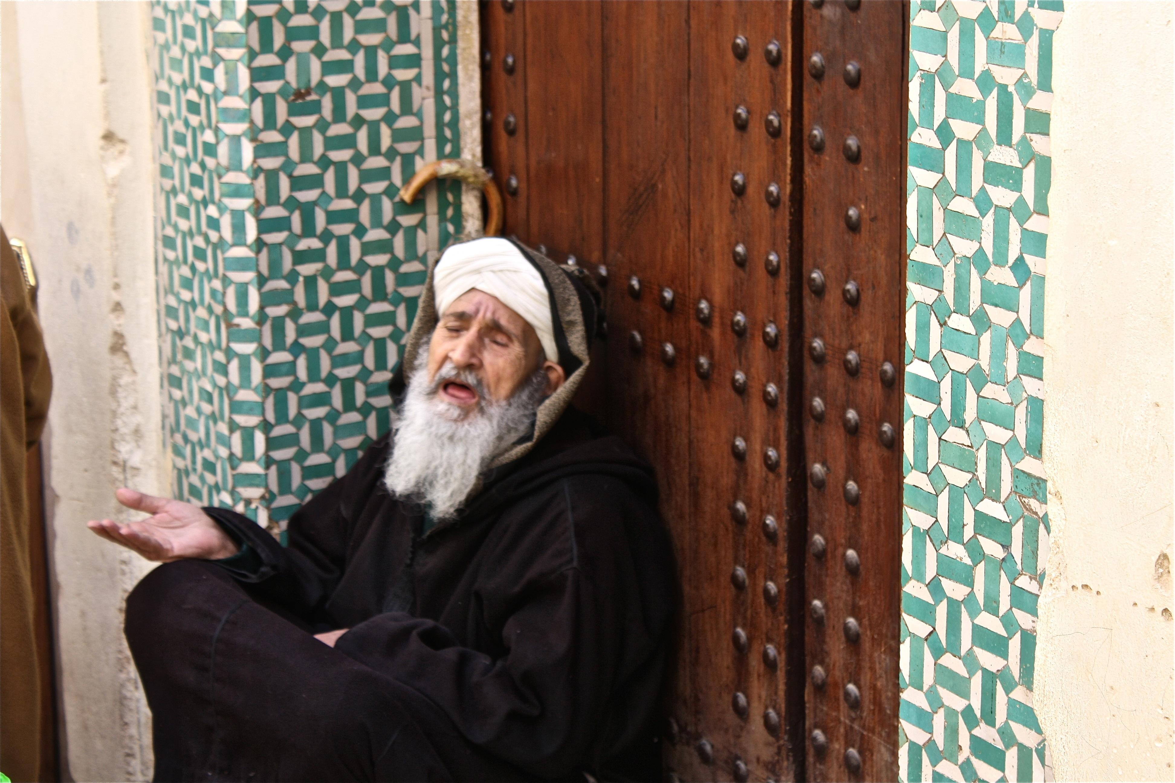 almsgiving-islam